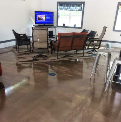 Polyspartic coated concrete floor